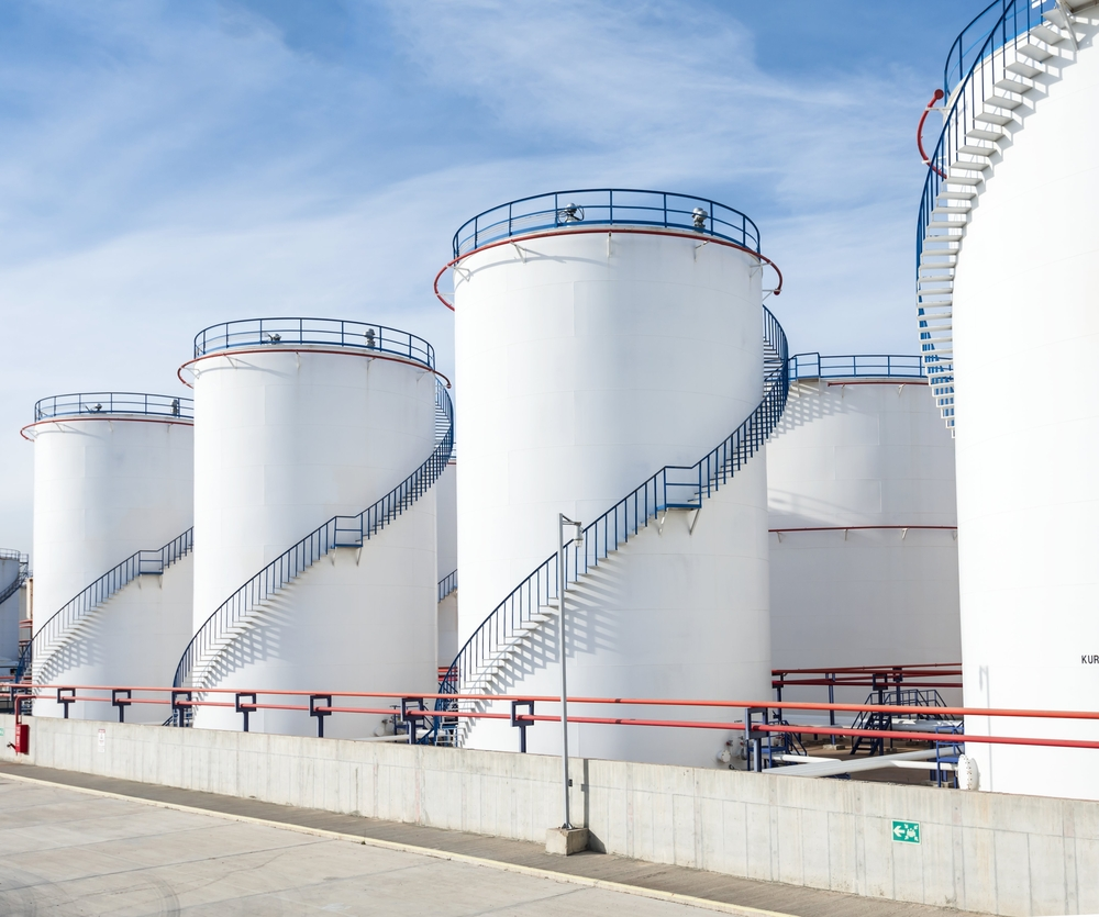 Top 6 Differences between the Above Ground Storage Tank and Under Ground Storage Tank