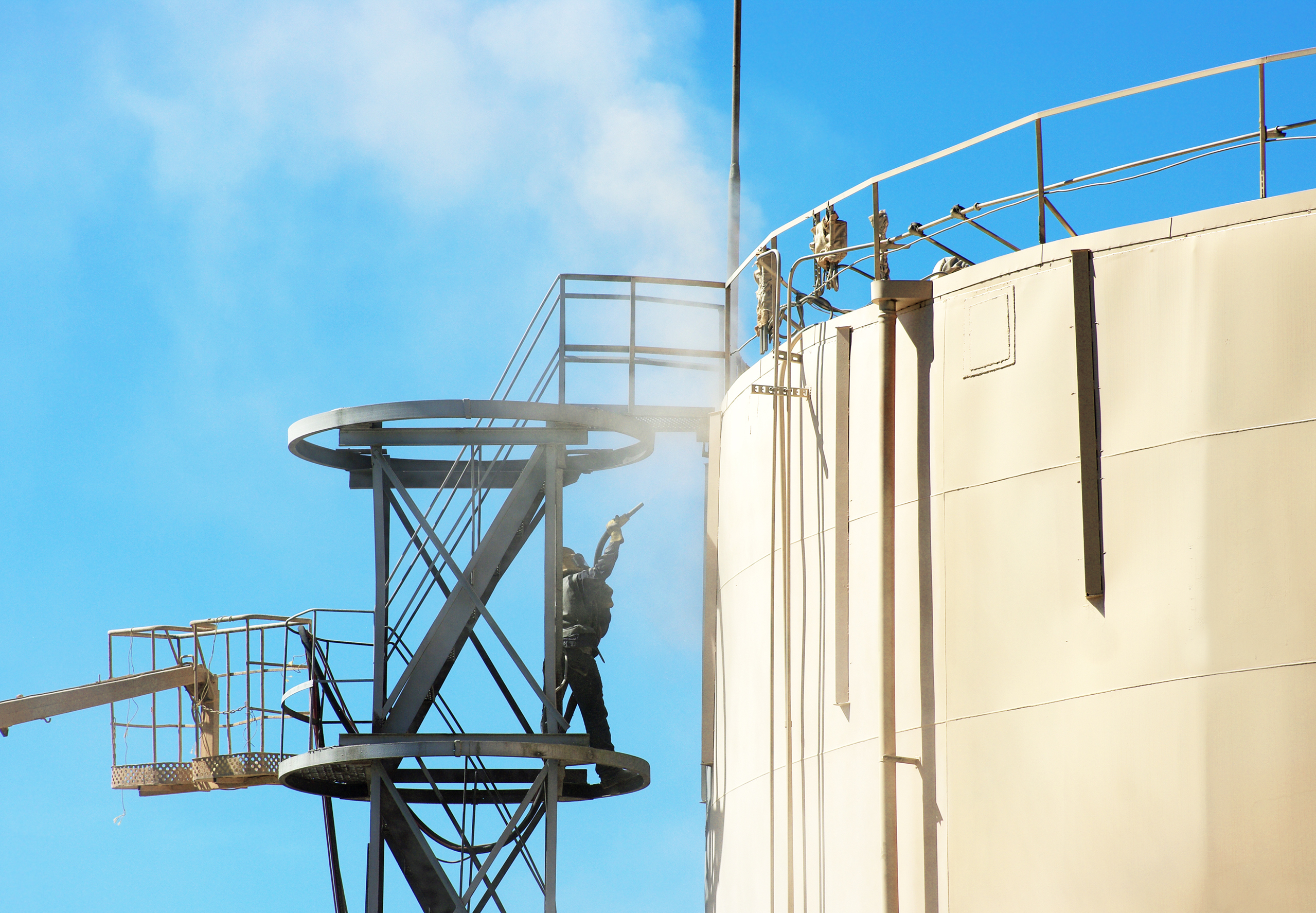 Industrial Storage Tanks Cleaning Procedure