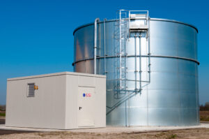 Steel vs. Fiberglass vs. Plastic Water Storage Tanks: Which One's the Best?