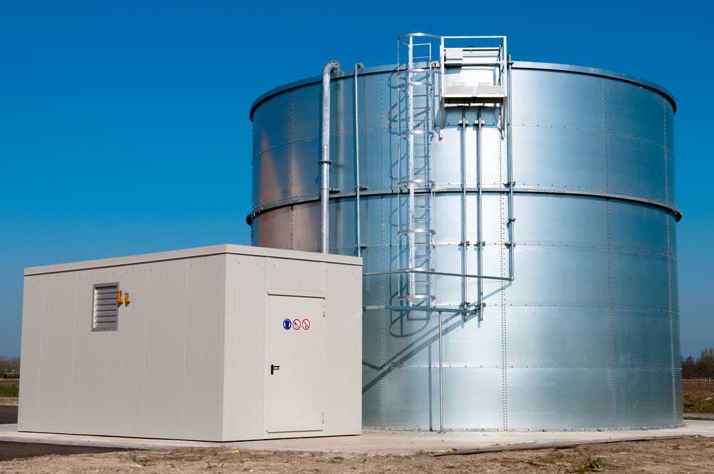How Do You Keep Water Fresh in a Storage Tank?