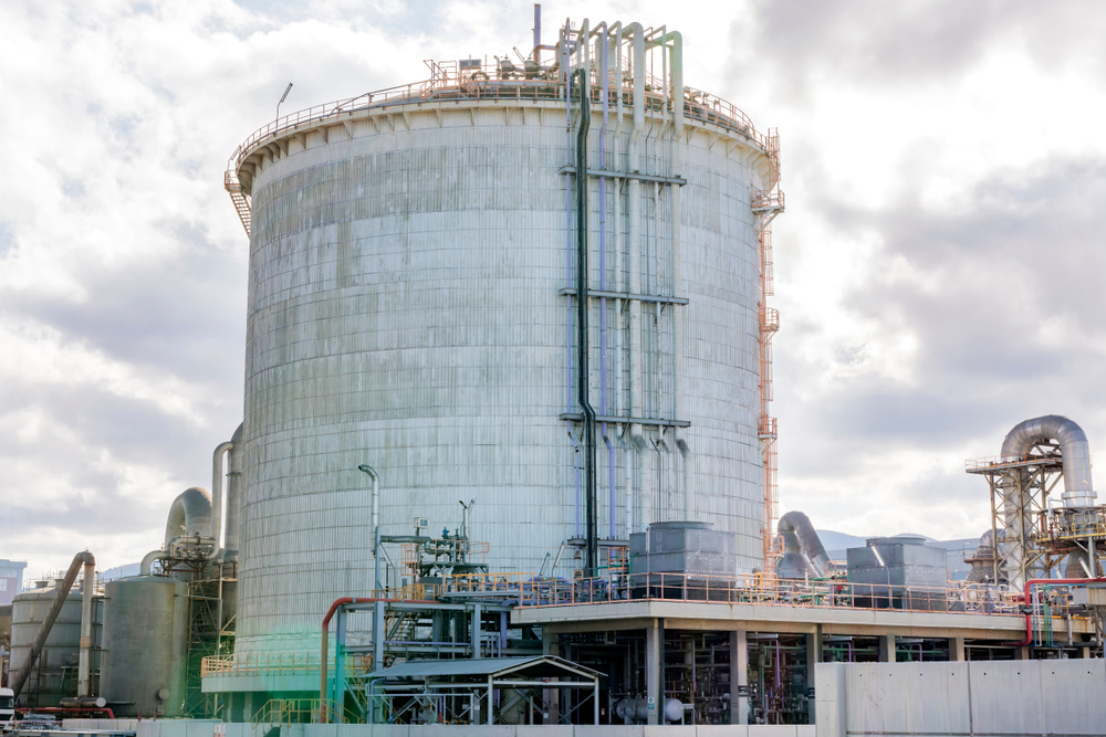 An Absolute Beginner's Guide to Double-Wall Chemical Storage Tanks