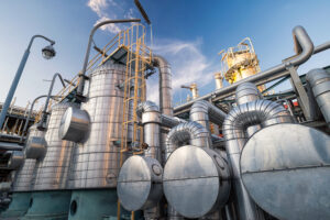 An Introduction to the Most Common Industrial Gas Tanks: Fixed-Roof and Floating-Roof